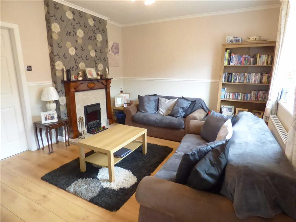 3 Bedrooms Town House for sale in Heathfield Avenue, Stacksteads, Bacup, Lancashire, OL13