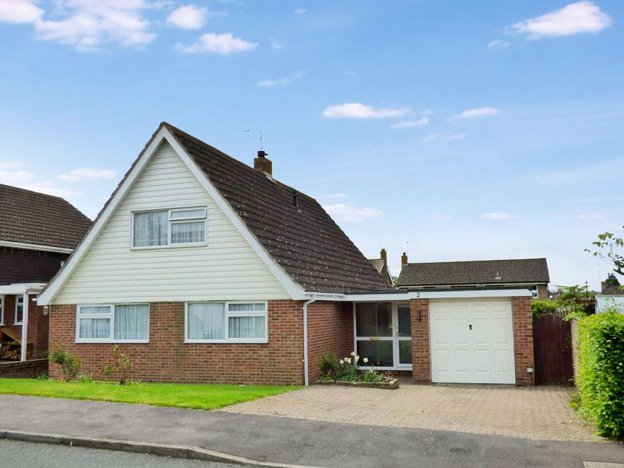 4 Bedrooms House for sale in Barkdale, Burgess Hill, RH15