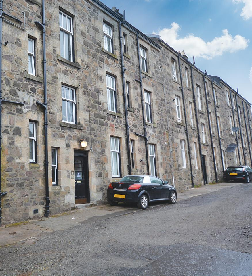1 Bedroom Flat for sale in 1 Rosebank Terrace, Kilmacolm, PA13 4EW