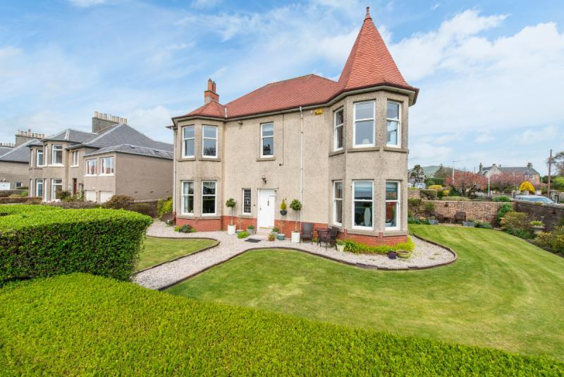 5 Bedrooms Detached House for sale in Glen Isla, Victoria Road, Lundin Links, Fife