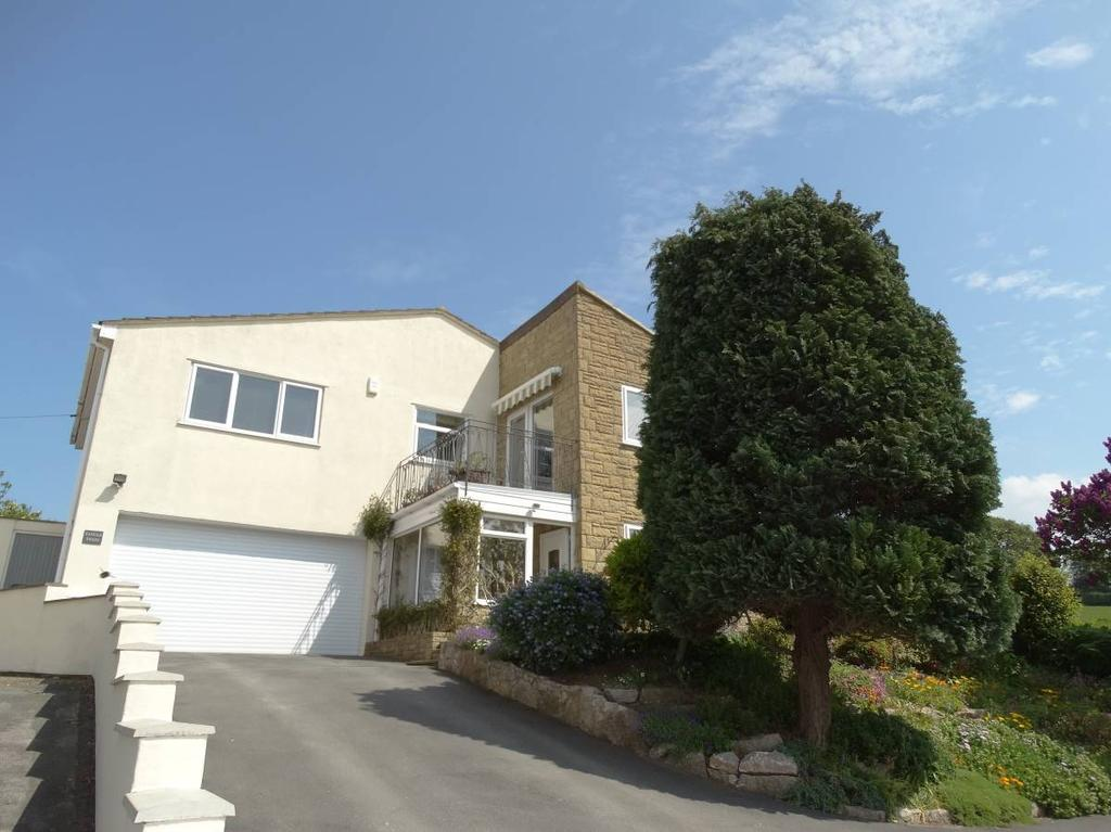 4 Bedrooms Detached House for sale in 104 Peulwys Lane, Old Colwyn, LL29 8YE