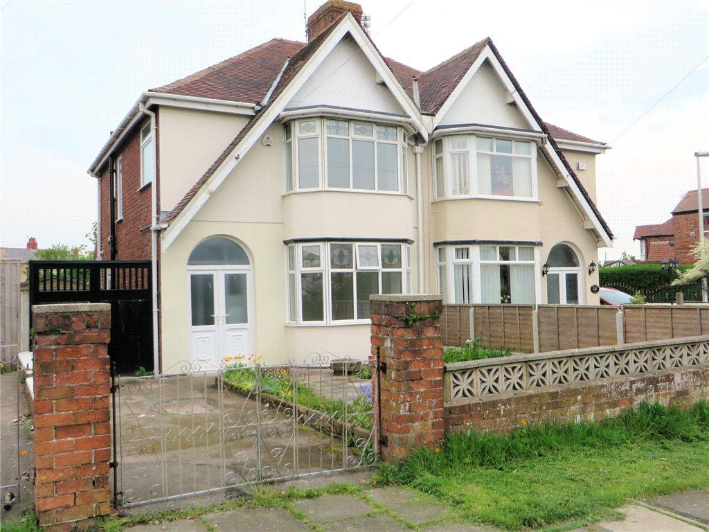 3 Bedrooms Semi Detached House for sale in Devonshire Road, North Shore, Blackpool