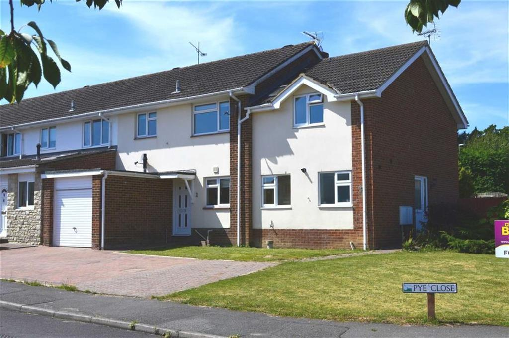 3 Bedrooms Terraced House for sale in Pye Close, Wimborne, Dorset