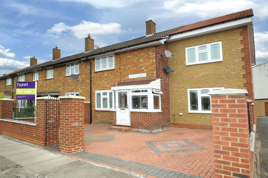 3 Bedrooms End Of Terrace House for sale in Kelland Road