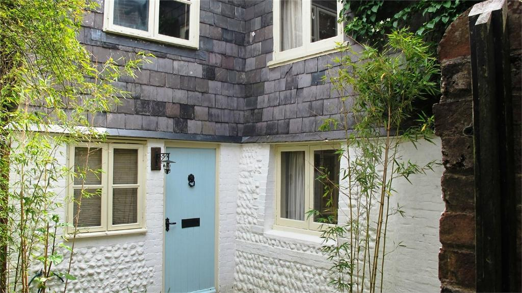 3 Bedrooms Cottage House for rent in Morris Road, Lewes, East Sussex