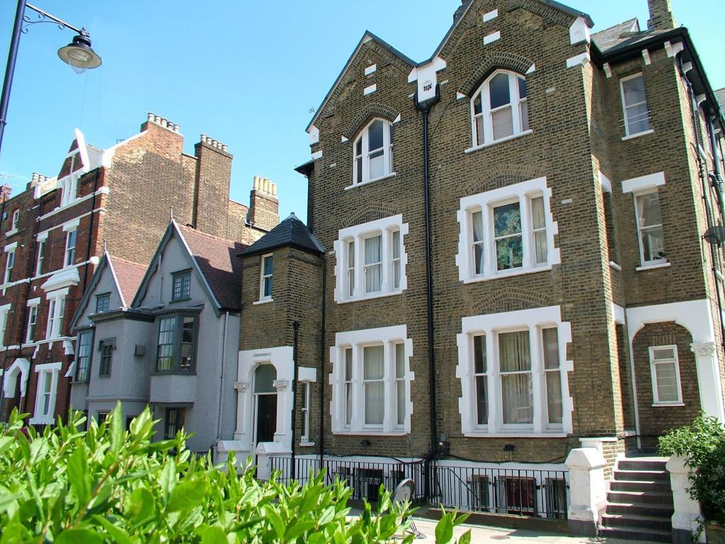 1 Bedroom Flat for sale in Hornsey Lane, Highgate, London, N6