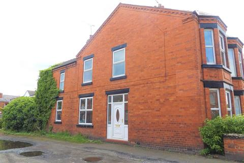 3 bedroom end of terrace house to rent - Leighton Street, Crewe