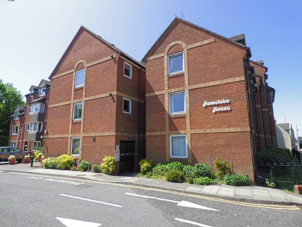 2 Bedrooms Flat for sale in Ashley Cross