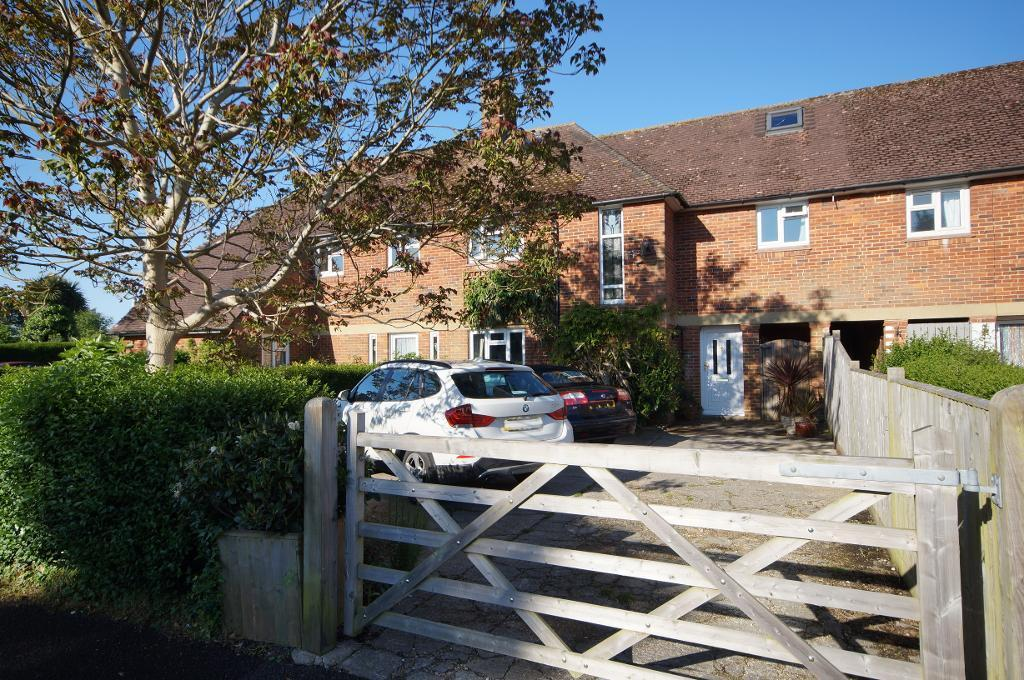 4 Bedrooms Terraced House for sale in Shooting Field, Steyning, West Sussex, BN44 3RQ