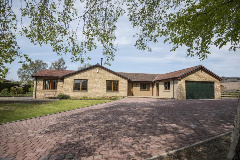 5 Bedrooms Detached House for sale in Station Cottages, Sprouston, Kelso, Scottish Borders