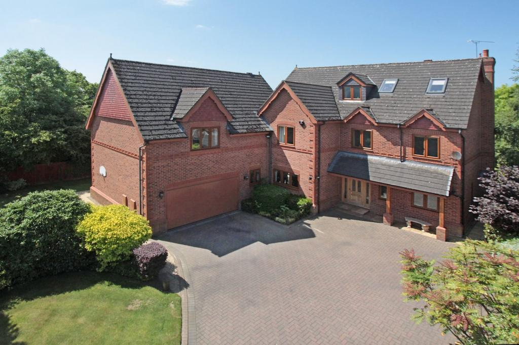 6 Bedrooms Detached House for sale in Kings Acre, Bowdon