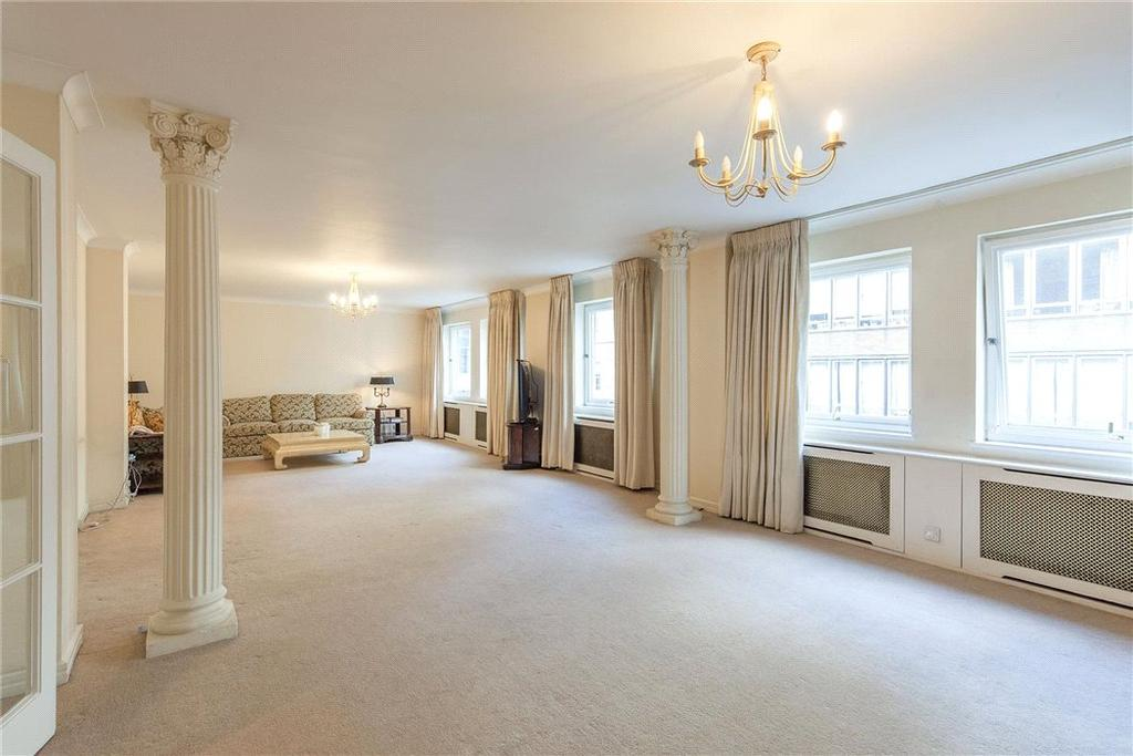 3 Bedrooms Flat for sale in Clarges Street, Mayfair, London, W1J
