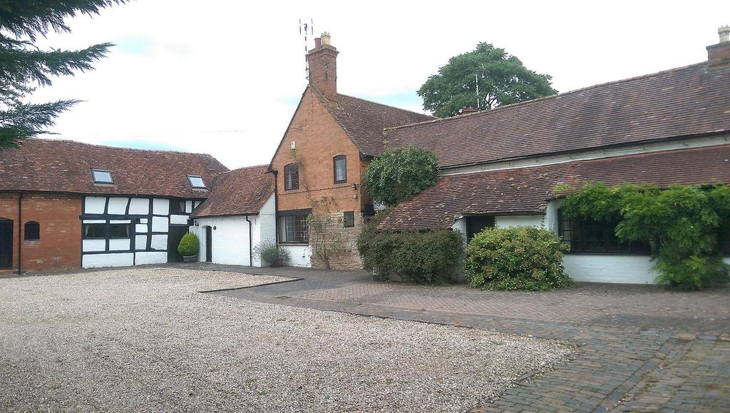 4 Bedrooms Farm House Character Property for sale in Wootton Wawen, Henley-In-Arden