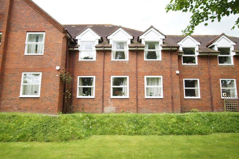 1 Bedroom Retirement Property for sale in Chestnut House, East Street, BLANDFORD FORUM