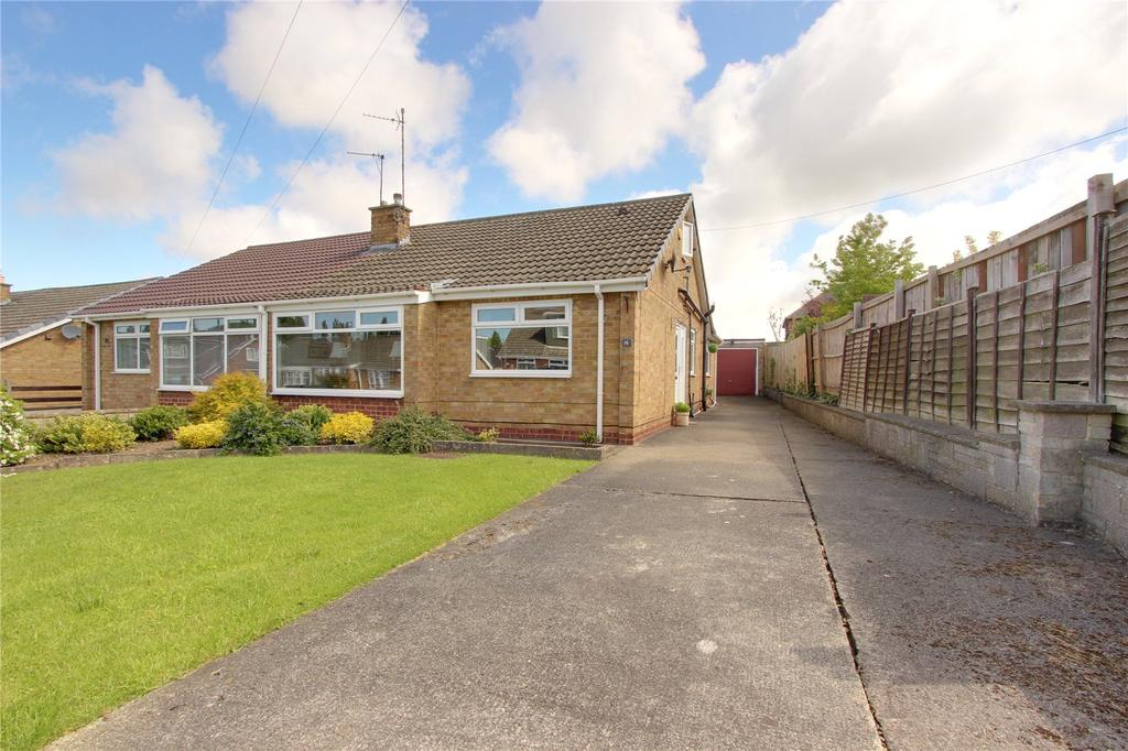 3 Bedrooms Semi Detached Bungalow for sale in Fountains Crescent, Normanby