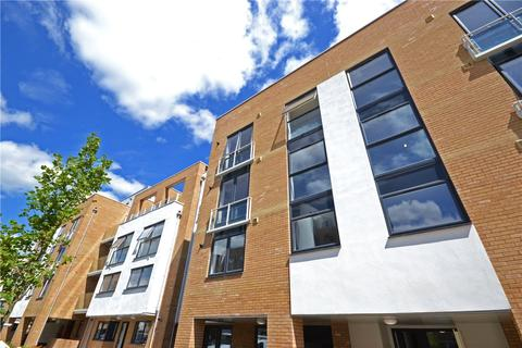 1 bedroom apartment to rent - Pym Court, Cromwell Road, Cambridge, Cambridgeshire, CB1