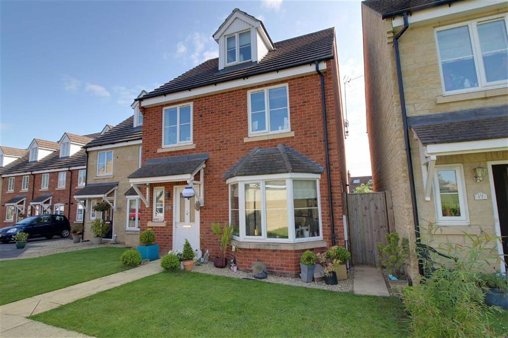 4 Bedrooms Detached House for sale in Regency Close, Stonehouse, Gloucestershire