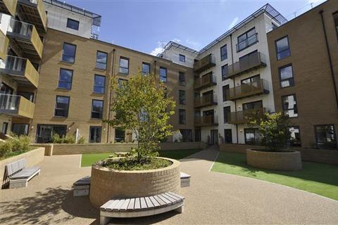 2 bedroom flat to rent - Watson Heights, Chelmsford
