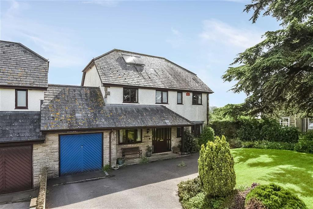 4 Bedrooms Detached House for sale in Smallridge, Axminster, Devon, EX13