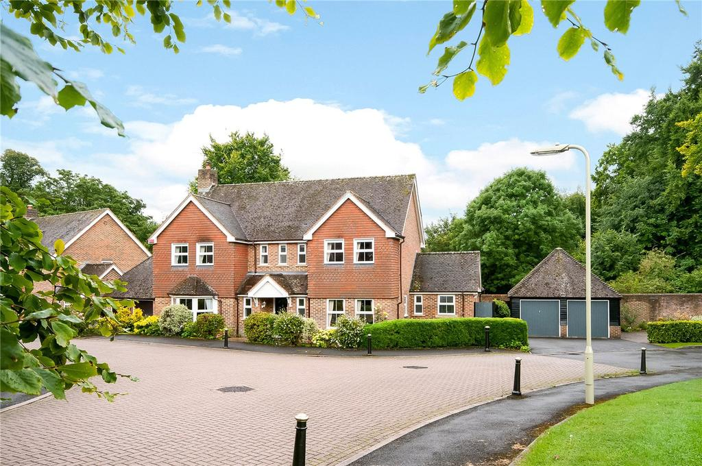 4 Bedrooms Detached House for sale in Hinton Fields, Kings Worthy, Winchester, SO23