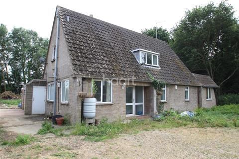 3 bedroom chalet to rent - Oundle Road