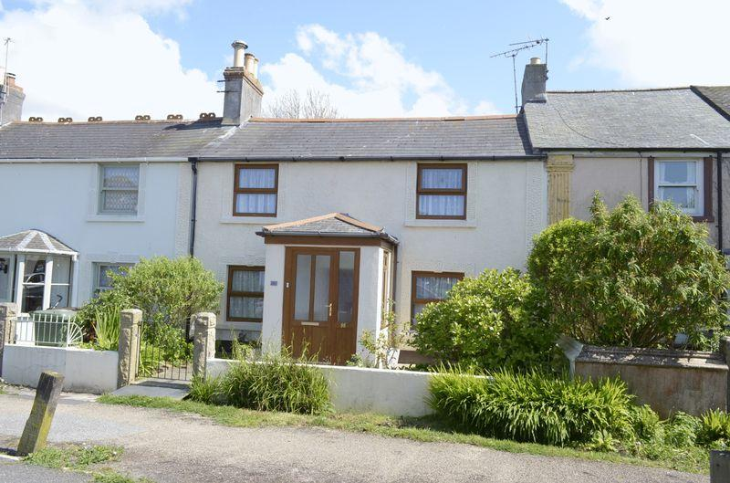 2 Bedrooms Terraced House for sale in Commercial Road, Hayle