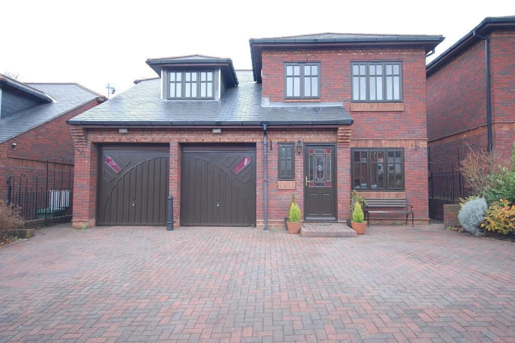 4 Bedrooms House for sale in Low Fell