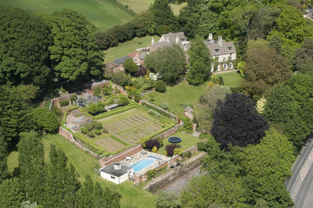 11 Bedrooms Country House Character Property for sale in Painswick