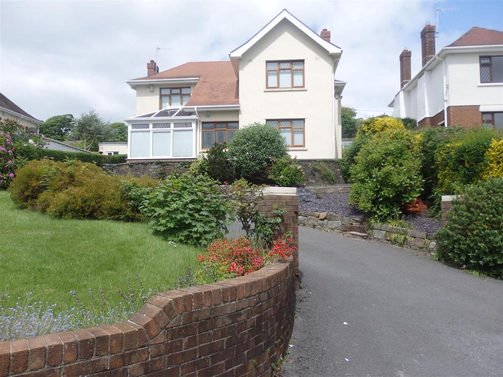 3 Bedrooms Detached House for sale in St. Margarets Drive, Llanelli