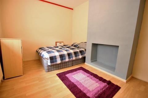 Studio to rent - Gillot Road, Edgbaston, Birmingham