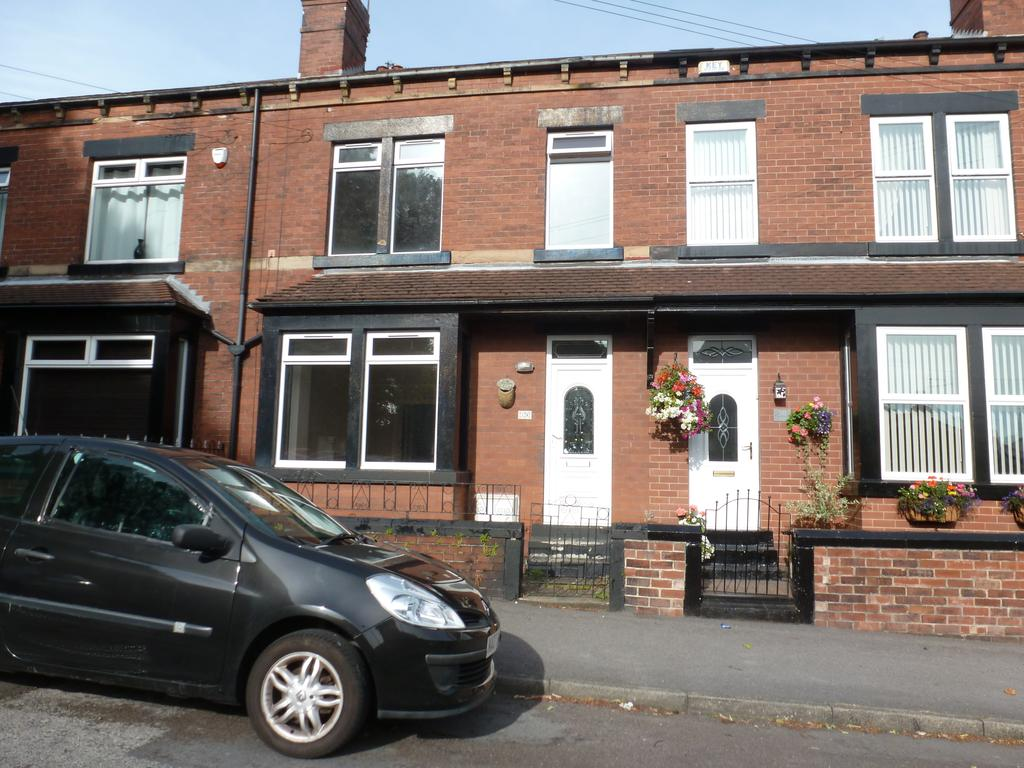 4 Bedrooms Town House for rent in Lingard Street, Barnsley S75