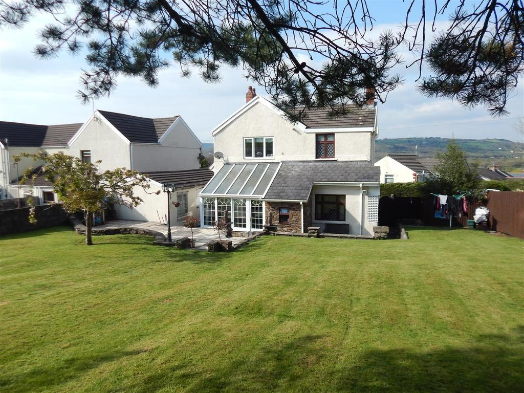 4 Bedrooms Detached House for sale in Cefn Road, Glais, Swansea