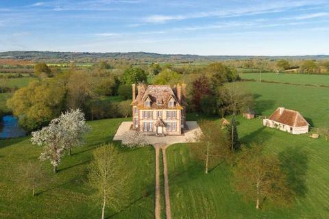 8 bedroom detached house  - Manor On 1 HA Of Grassland, Beuvron-En-Auge, Normandy