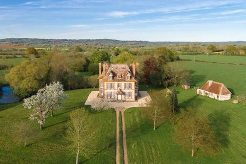 8 bedroom detached house  - Manor On 29 HA Of Grassland, Beuvron-En-Auge, Normandy