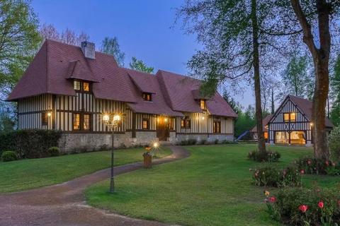 8 bedroom detached house  - Beautiful Normandy House, Saint-Gatien, Normandy