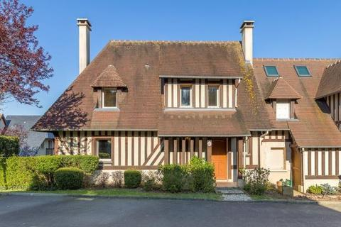 3 bedroom house  - House 5 Minutes From The Sea, Deauville, Normandy