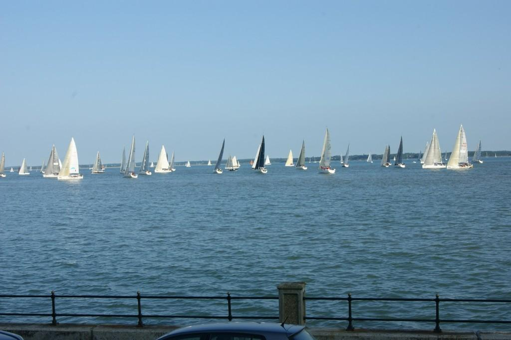2 Bedrooms Apartment Flat for sale in Gurnard, Isle Of Wight