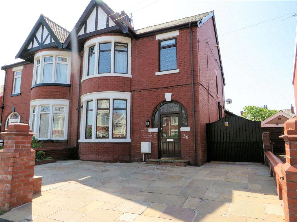 3 Bedrooms Semi Detached House for sale in Lowther Avenue, Bispham, Blackpool