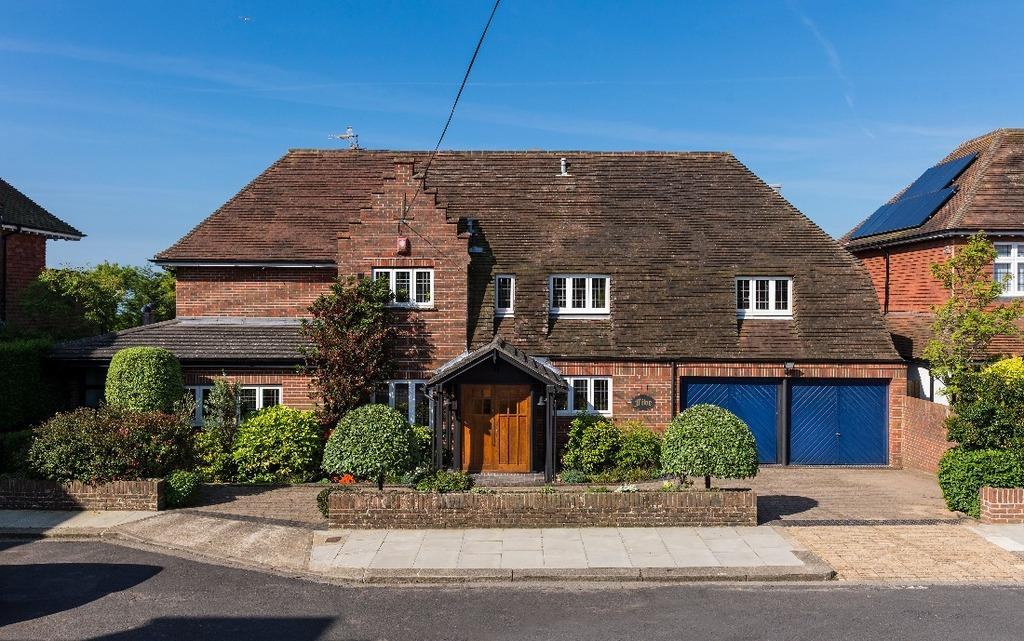 6 Bedrooms Detached House for sale in Dyke Close Hove East Sussex BN3