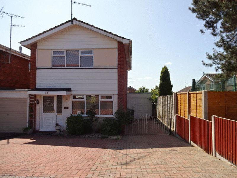 3 Bedrooms Link Detached House for sale in Shakespeare Drive, Kidderminster DY10 3QW