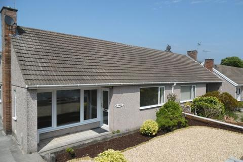 2 bedroom semi-detached bungalow to rent - Greenfields Avenue Bridgend CF31 4SR
