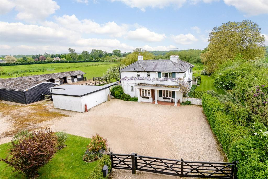 4 Bedrooms Equestrian Facility Character Property for sale in Henley Road, Medmenham, Marlow, Buckinghamshire, SL7