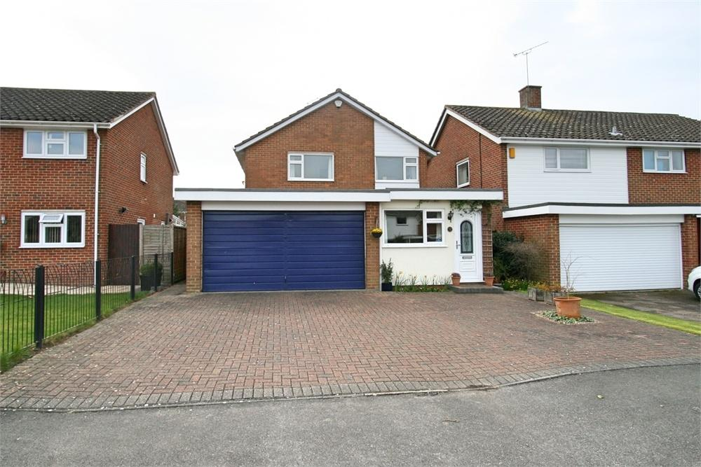 4 Bedrooms Detached House for sale in Holt Drive, Wickham Bishops, Witham, Essex