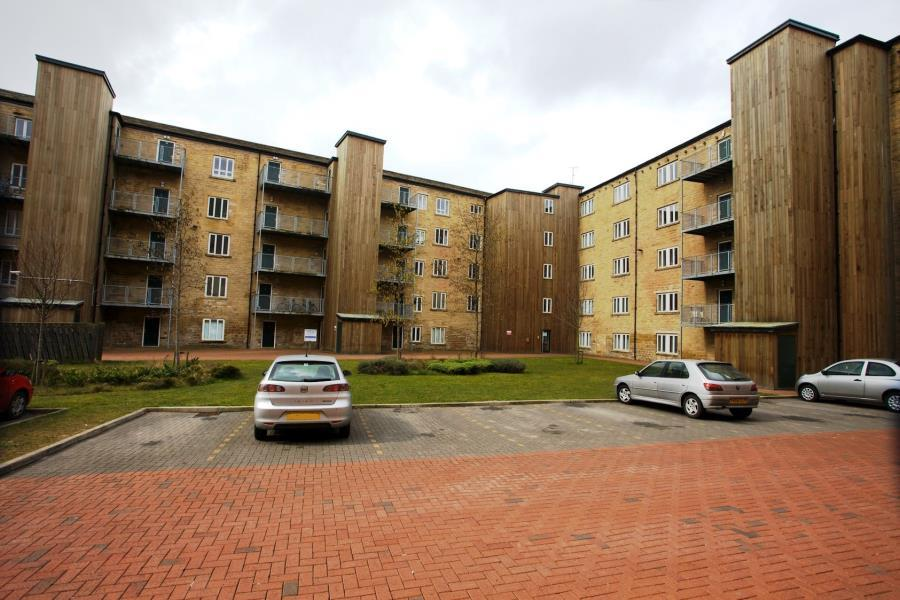 2 Bedrooms Apartment Flat for sale in CARR MILLS, BUSLINGTHORPE LANE, LEEDS, LS7 2DD