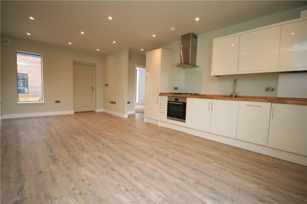 2 Bedrooms Apartment Flat for sale in The Old Court House, Midhurst, GU29