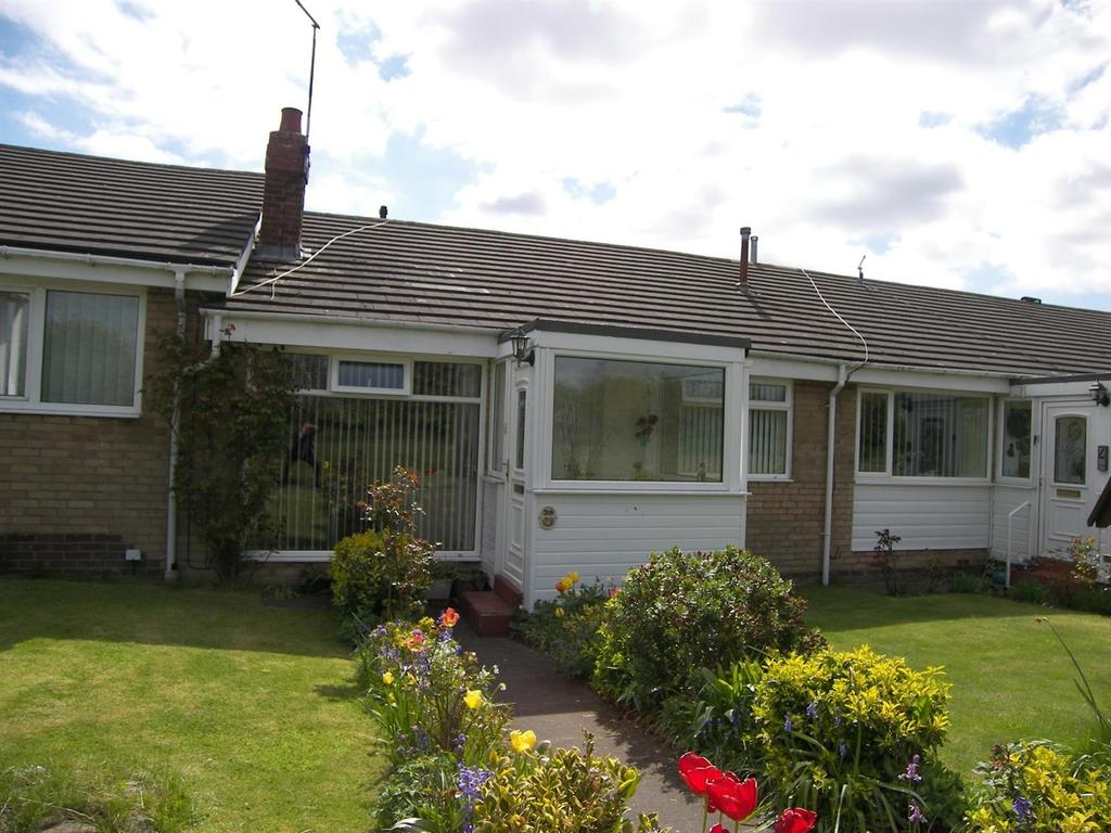2 Bedrooms Terraced Bungalow for sale in Coquet Drive, Highthorne Estate, Ellington