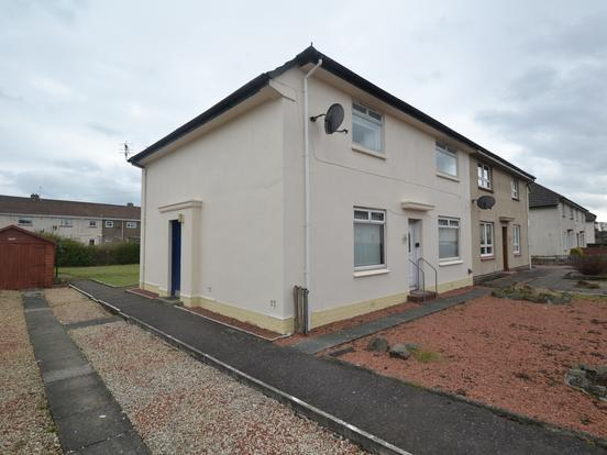 2 Bedrooms Flat for sale in New Dykes Road, Prestwick, South Ayrshire, KA9 1HA