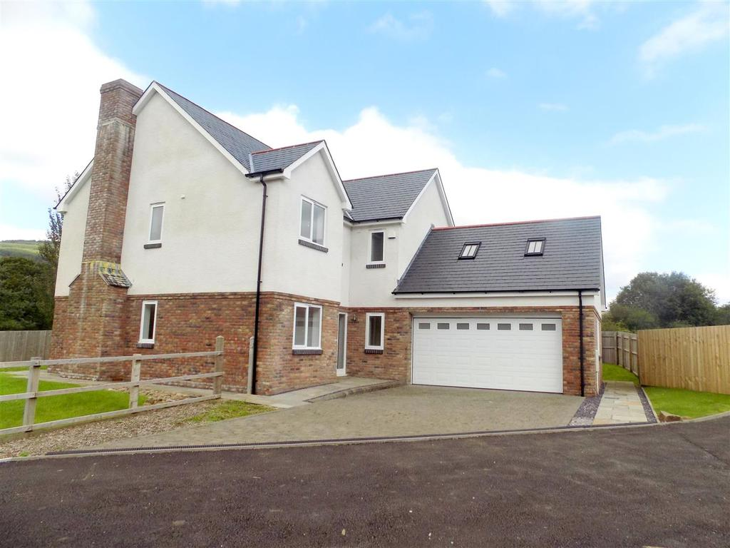 5 Bedrooms Detached House for sale in Cwmgwrach