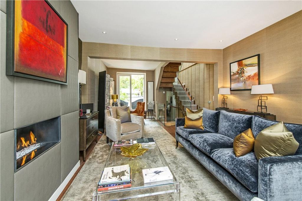 3 Bedrooms Terraced House for sale in Bramerton Street, Chelsea, London, SW3