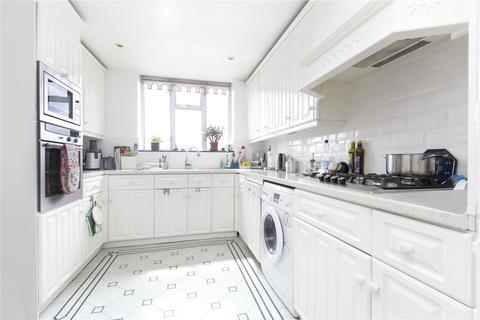 3 bedroom flat to rent - Wellington Court, 55-67 Wellington Road, London